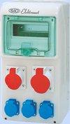 ELEKTROMET RSS-02 Rozdzielnica-okienko inspekcyjne 8 modułów       -wyposażona w okablowanie do podłączenia zabezpieczeń   -z gniazdami:                                 1x32A 3P+N+Z 400V~                 1x16A 3P+N+Z 400V~                 3x16A 2P+Z 250V~